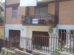 Vendita appartamento con posto auto e soffitta,  Olevano Romano