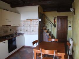 Vendita appartamento ristrutturato in centro storico,  Olevano Romano