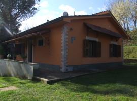 Vendita villino indipendente con giardino a Olevano Romano