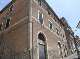 Vendita cantina di mq 60 in zona centrale, Olevano Romano