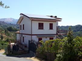 Vendita appartamento indipendente con giardino e terrazzo a Olevano Romano
