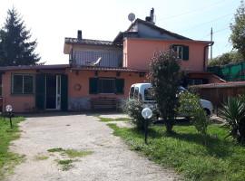 Vendita villino su due livelli con giardino a Olevano Romano