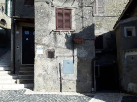 Affitto appartamento indipendente con locali sottostanti a Olevano Romano