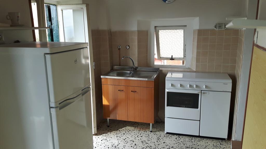 Affitto appartamento centrale arredato e panoramico a for Appartamento arredato affitto villaverla
