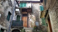Vendita appartamento panoramico con balcone e terrazzo a Olevano Romano