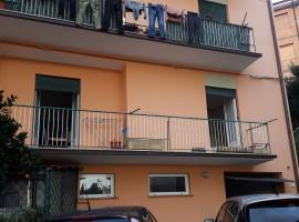 Vendita appartamento in zona residenziale con tre camere a Olevano Romano