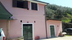 Vendita casa indipendente con terreno e locali sottostanti a Olevano Romano