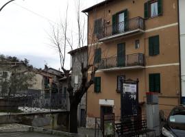 Affitto appartamento termoautonomo, panoramico e arredato a  Olevano Romano