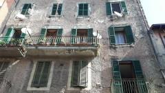 Vendita appartamento in centro con doppia entrata e balcone a Olevano Romano